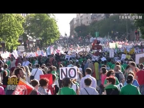 Educational Strike in Spain Brings Hundreds of Thousands Into the Streets