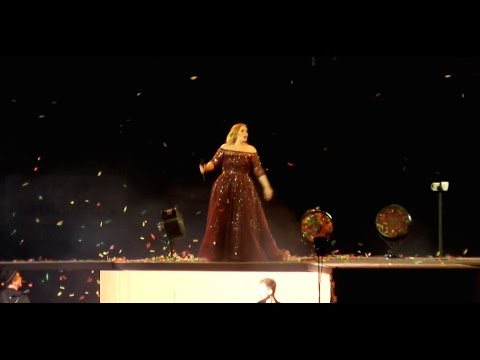 Adele Live in Sydney - 10th Mar 2017 ANZ Stadium