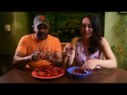 How to eat crawfish like a pro