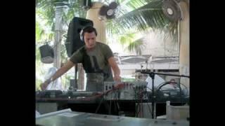 TIesto &  Sander Van Doorn pres. Purple Haze - Bliksem (Original Mix) Club Life 142