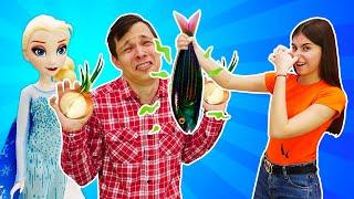 Видео приколы Челлендж - Нарисуй или Съешь! Вика против Фёдора - Новые игры для девочек.