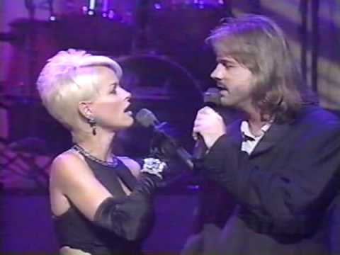 Lorrie Morgan & Jon Randall - By My Side (LIVE)