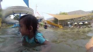 Bali VLOG : Aksi Achi   Bermain Air di Circus Waterpark Kuta Bali