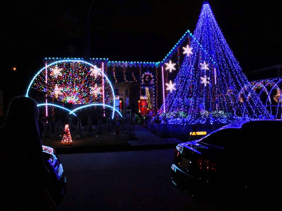 Pin Oak Village Christmas Lights 2012 Youtube