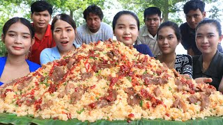Amazing cooking rice fried with beef and vegetable recipe - Amazing video