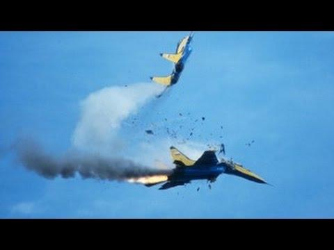 Halálközelben - Két MIG29-es vadászgép összeütközése