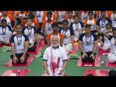 رئيس الوزراء الهندي يشيد بممارسة اليوغا ويصفها بـ-الدرع- ضد كوفيد-19…  - نشر قبل 2 ساعة