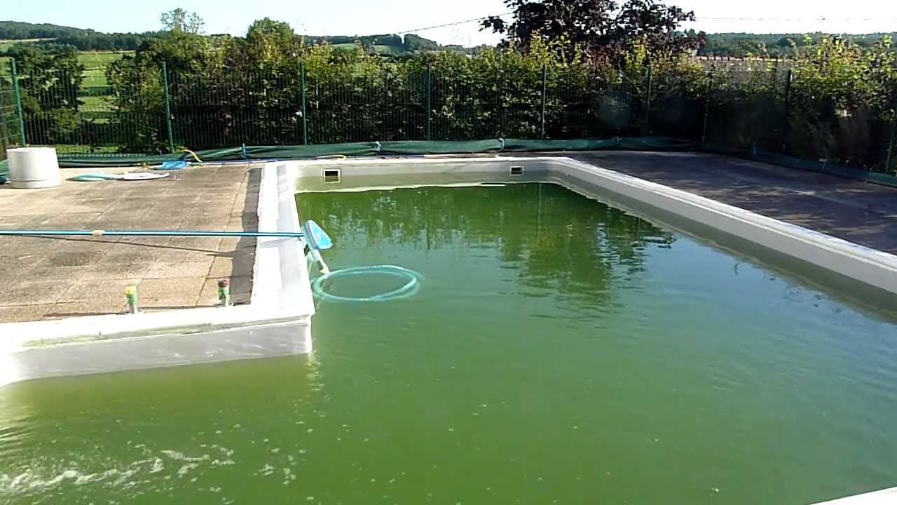 How to clean a green swimming pool fast part 2 how to clear algae from a swimming pool youtube for Kill black algae swimming pool