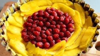 Tart with mango cream and raspberries recipe