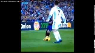 Download Video Alves megs Ronaldo in El Clasico MP3 3GP MP4