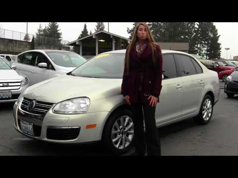 Virtual Walk Around Video of a 2010 VW Jetta at Titus Will Ford f40439a