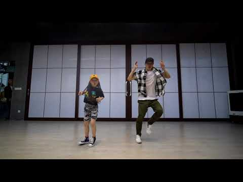 Kris Wu - July - Choreography by Jow Vincent ft. Sinostage Amy (age 9)