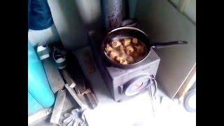 Печь Золушка ( часть 1 ) - лучшая печь на 50 кубов (хозблок или пару комнат отопить на даче)(Стоит печка 4й год - нареканий ноль. 2-3 часа на одной закладке. Термофор делает., 2014-06-21T13:28:30.000Z)