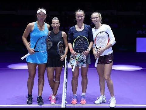 Krejcikova/Siniakova vs. Melichar/Peschke | 2018 WTA Finals Singapore Doubles