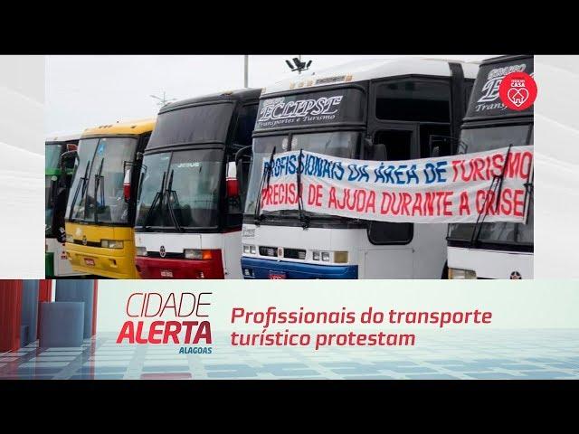 Profissionais do transporte turístico protestam contra situação financeira