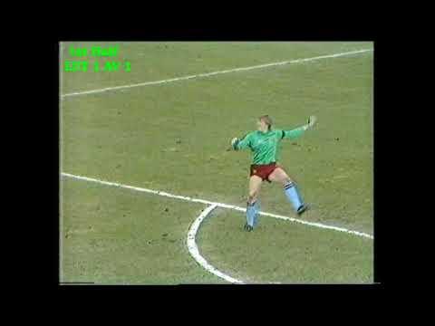Luton Town v Aston Villa Football League Division 1 09/04/1983