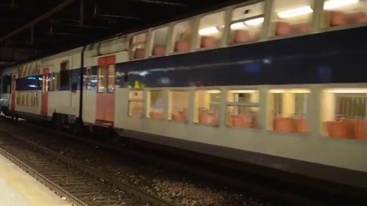 Double Decker Paris RER train - YouTube