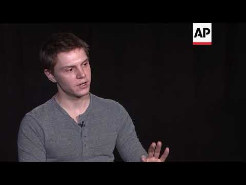 Evan Peters talks about being part of Ryan Murphy's un acting troupe