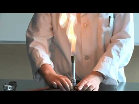 how to work a bunsen burner