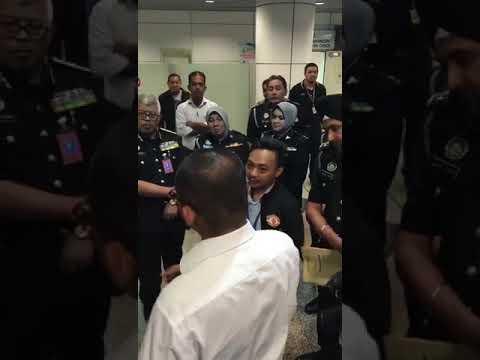 Harian Metro Tergagap Minta Maaf pada Jabatan Imigresen Malaysia