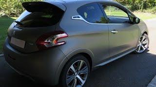 Peugeot 208 XY 2013 Videos
