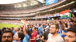 Dhoni's last Entry in MCG, Crowd chanting Dhoni Dhoni