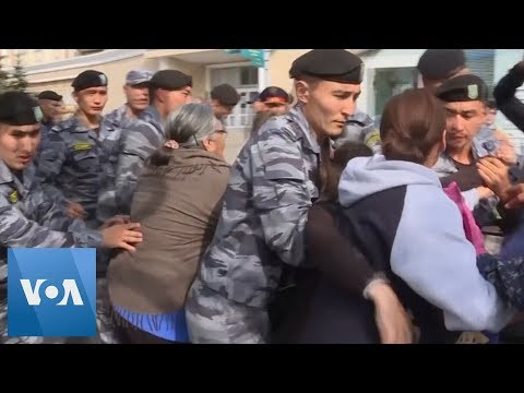 Kazakhstan: Dozens Arrested in Anti-Government Protests