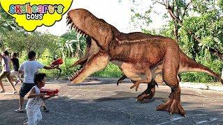 Dinosaur Nerf War 4!!