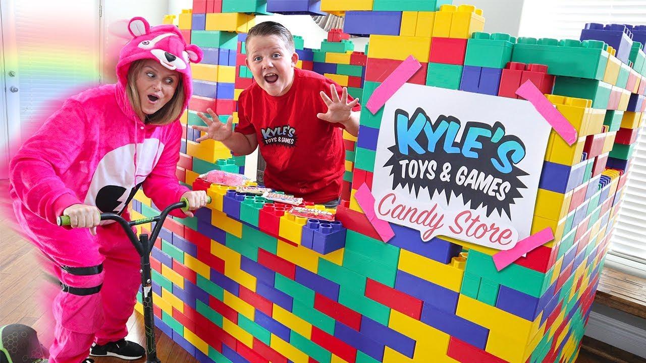 Giant Lego Candy Drive Thru Candy Dispenser Restaurant