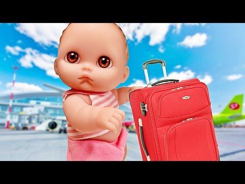 Видео: Куклы Пупсик Едет в отпуск на Море 1 Берет с собой игрушки Свинка Пеппа, Май Литл Пони. Зырики ТВ