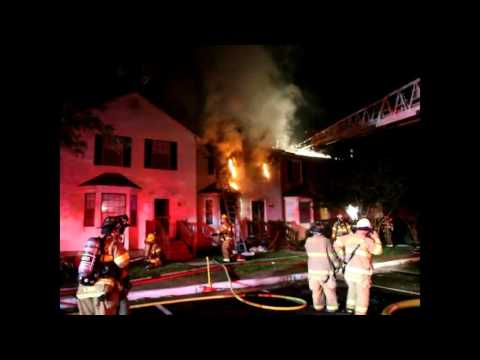 RAW VIDEO: James City County townhouse fire