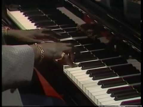 "Oscar Peterson""Round Midnight""(T.Monk),Piano Solo ."