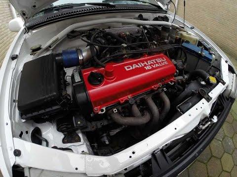 Daihatsu Charade 1.6 Engine Swap Time-lapse And Engine Bay Painting