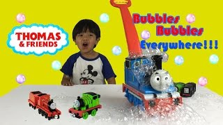 Thomas GO Bubbles Fun Activity for Kids Bubble Playtime Bubble Machines Thomas and Friends thumbnail