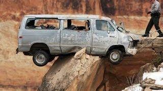 Невероятное везение спасает жизнь людям. Luck on the road. Unbelievable!