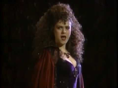 Bernadette Peters - Last Midnight - Into The Woods