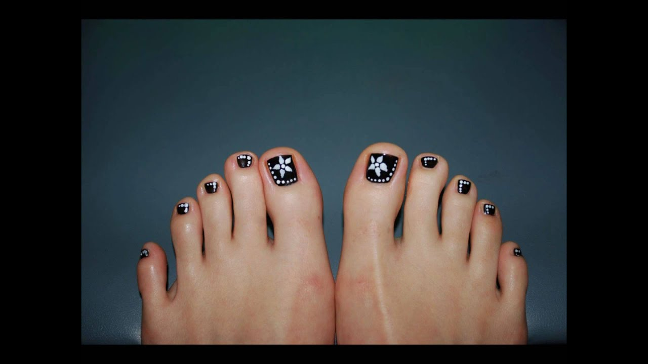 Toe art design northurthwall black and white toe nail art design youtube prinsesfo Images
