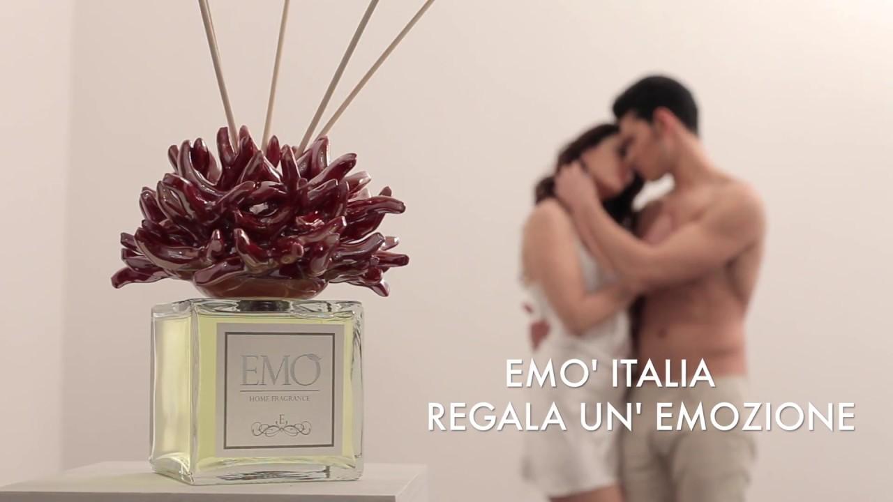 Em italia fondali spot video pubblicitario youtube for Trombetta arredamenti