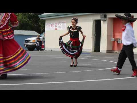 Sofia Dancing Guadalajara at school
