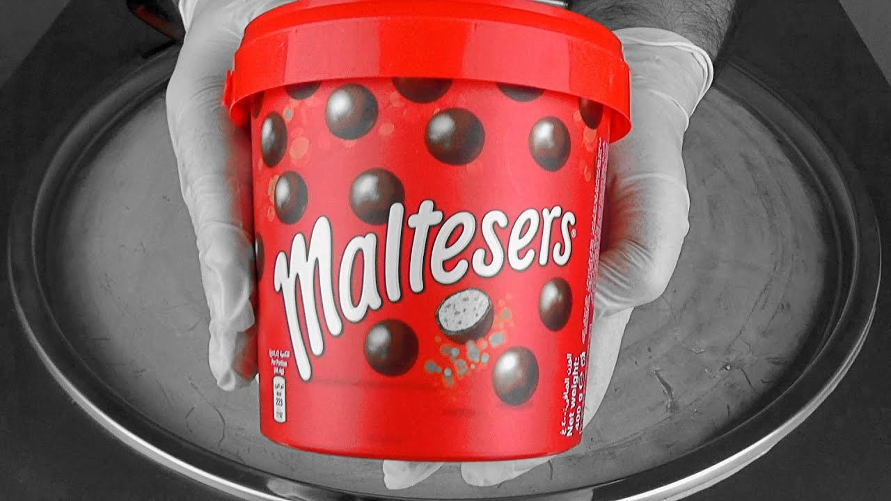 Maltesers Bucket Ice Cream Rolls ايس كريم علي صاج شوكولاته مالتيزرز Youtube