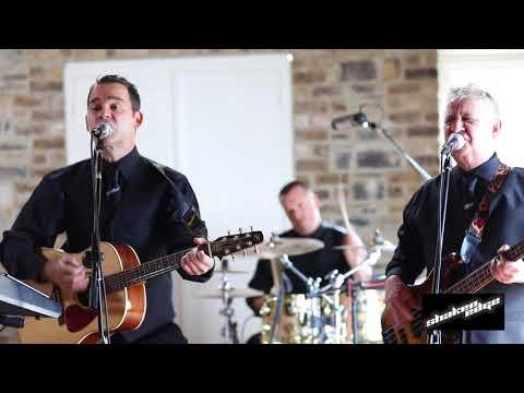Shaken Edge   Irish Wedding Band
