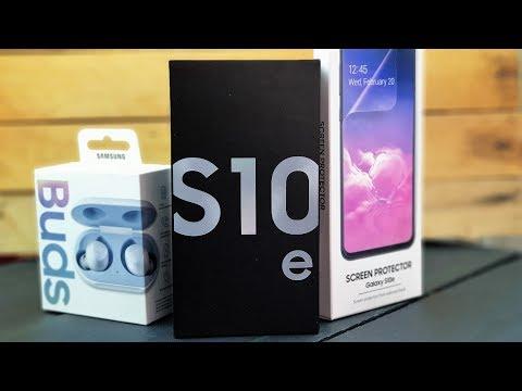 Samsung Galaxy S10e: распаковка и первое впечатление!