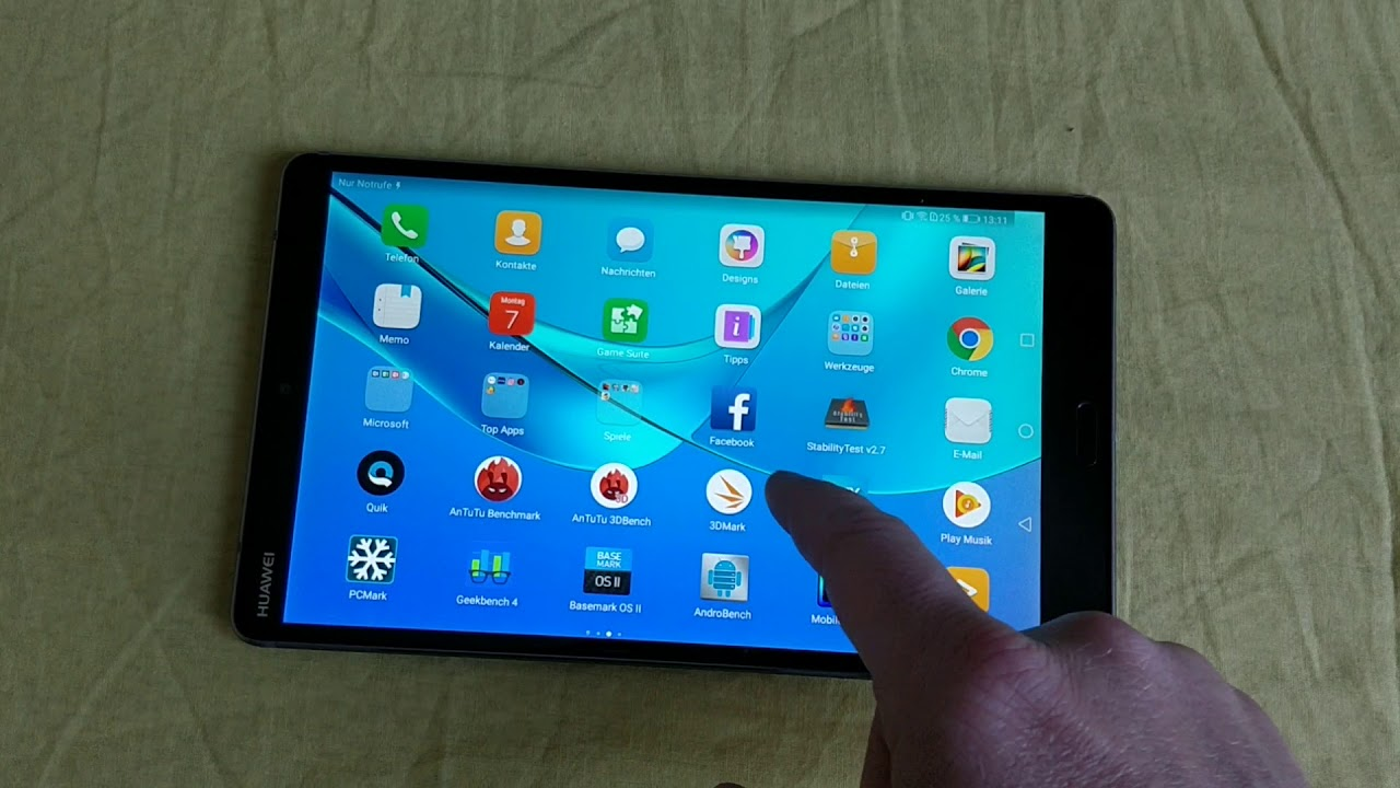 Huawei MediaPad M5 8 4 Tablet Review - NotebookCheck net Reviews