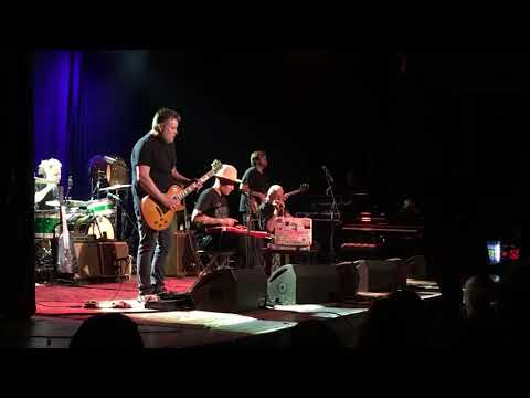 Ben Harper And Charlie Musselwhite - The Bottle Wins Again La Riviera Madrid 2018
