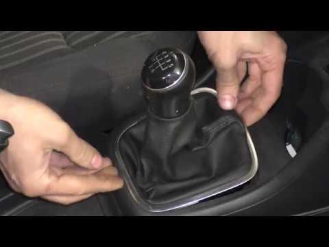 VW Polo Sedan - снятие и установка чехла и ручки МКПП