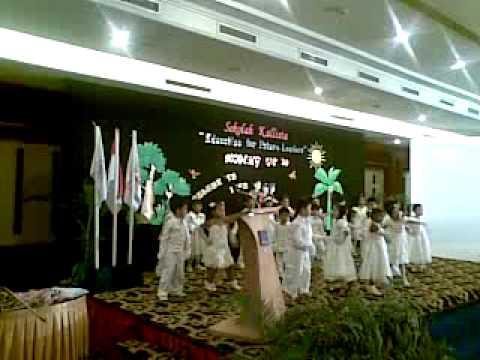 Kallista Batam K3 Graduation 2009 - Happy Happy Talk
