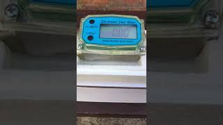 Электронный счётчик для перекачки Дизеля Бензина Воды  обзор