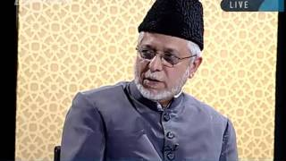 Which occasions or days are celebrated in the Ahmadiyya Jamaat_-persented by khalid Qadiani.flv