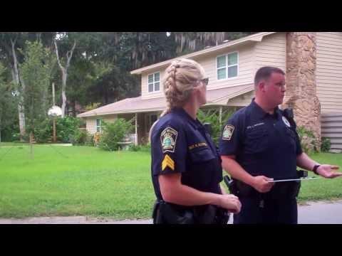 Police threatens unlawful arrest to...