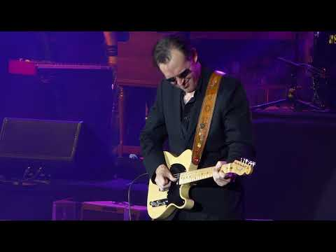 Joe Bonamassa - Love Ain't A Love Song - 11/29/14 DAR Constitution Hall - Washington, DC